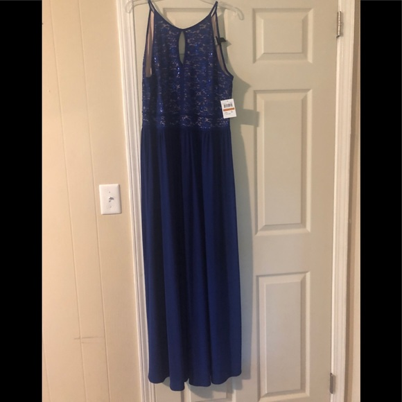 Night Way Collections Dresses & Skirts - Royal blue formal dress